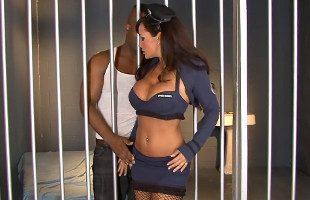 Image Lisa Ann supo contentar al preso