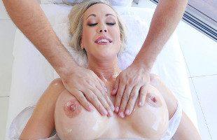 Image Brandi Love disfrutó del masaje y del polvo que vino después