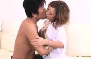 Image A la japonesa le encanta el sexo duro y que la penetren a fondo