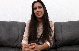 Image Chica persa tiene un anal fallido y acaba la escena con un creampie