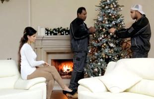 Image Billie Star se lleva de regalo navideño un trío con dos mulatos