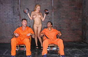 Image Krissy Lynn les saca de la cárcel a cambio de sexo duro