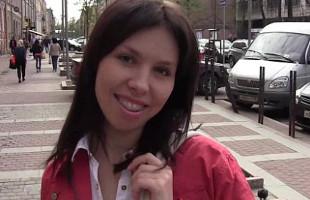 Image Rusa con brackets acepta follar delante de una cámara