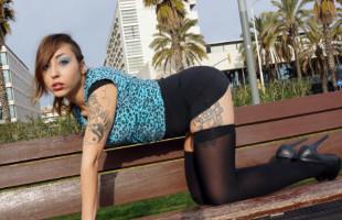 Image Golfilla española pide que un semental le abra el culo sin piedad